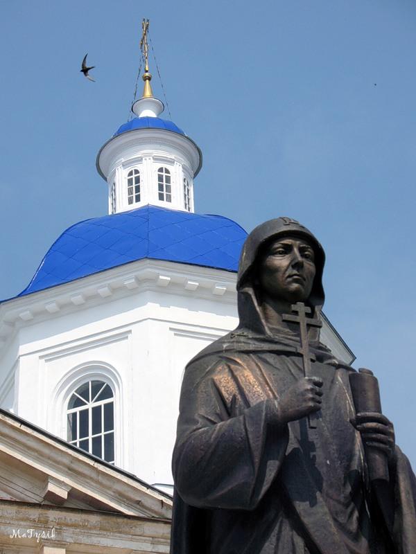 Памятник св. Анне Кашинсой