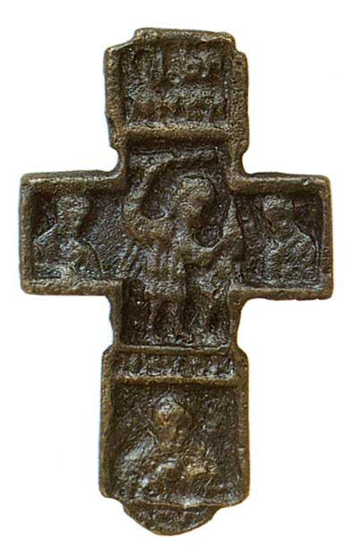 Древний нательный крест