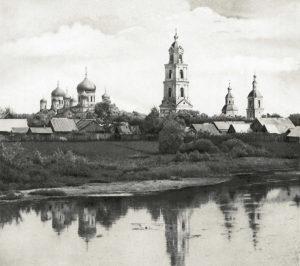 Серафимо-Дивеевский монастырь в начале ХХ века. Вид с реки Вичкинзы