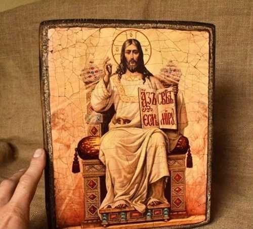 Иконы Иисуса Христа, Вседержитель на троне